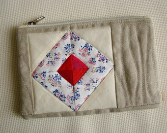 Zipper pouch, quilted pouch, patchwork pouch, quilted zipper pouch, recycled, upcycled, unique pouch, cosmetic bag, zip pouch,