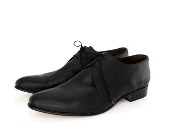 Derby Shoes in Black