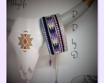 Miyuki Délicas and rhinestone beaded Cuff Bracelet. Blue, purple, silver multiliens. Large beads, ethnic cuff, boho chic.
