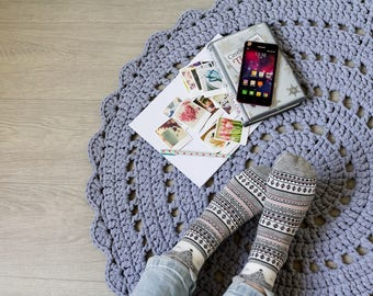 Doily rug Chunky knit rug Crochet rug Round rug Gray rug Round mat Nursery decor Baby room Bedroom decor