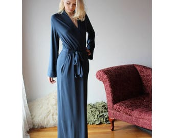 long bamboo robe with side pockets - ready to ship - size small