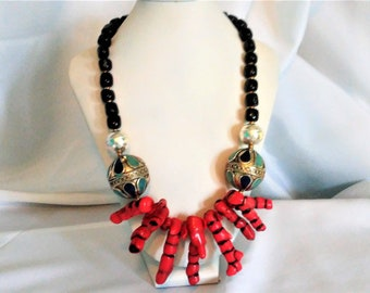 Branch Coral statement necklace, Black Coral necklace, Moroccan jewelry, Tribal jewelry, Bohemian necklace, Red Coral Ethnic necklace