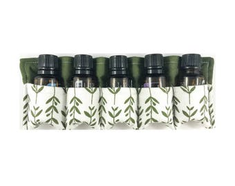 Essential Oils Travel Case - holds 5 bottles