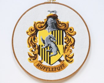 Hufflepuff Cross Stitch Pattern, Harry Potter Cross Stitch Pattern, Modern Cross Stitch, Hogwarts, Pdf Format, Instant Download