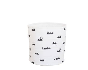 Mountain and Rabbits basket