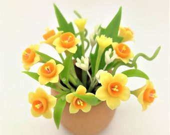 Daffodils Handmade Miniature Polymer Clay Flowers Supply for Dollhouse 1 piece