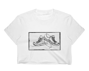 Sneakers in Charcoal Crop Top -White