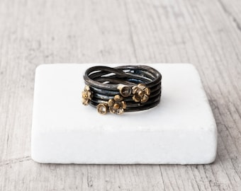 Black Silver Wrapped Wire Ring with Gold Flowers, Rustic Sterling Silver Oxidized Ring, Handmade Boho Flowers Ring, Ring Gift for Her