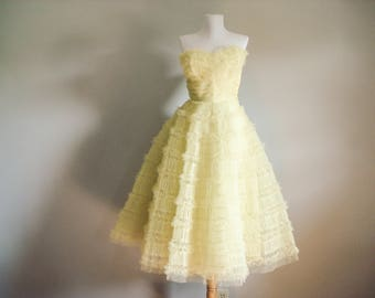 Exquisite 1950s strapless tulle dress - 1950s prom dress - daffodil yellow