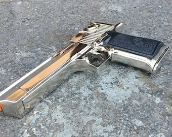 Chrome Desert Eagle Replica - Working Slide and Removable Magazine - Dead Pool Prop