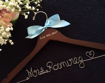 CUSTOM Wedding Hanger with date, Bridal Hanger,Personalized wedding Hanger,Bridesmaid Hangers,Custom Made Hanger,Mrs Hanger,Shower Gift