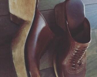 MIA Leather clogs 7 Wood heel Square Toe