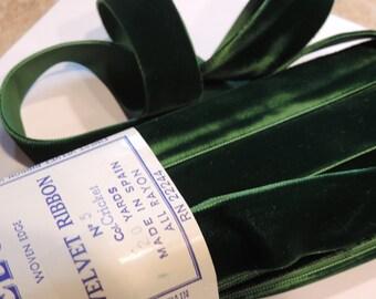 """Vintage 1940's  1 yard of Lush 1"""" Wide Green (Dark Green) Rayon Velvet Woven Edge Ribbon Sewing Trim/Embellishment velvet"""