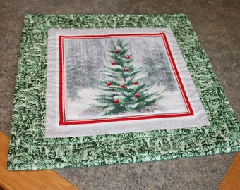 Green Trees Red Ornaments Tree Christmas 15  X 15 1/2   Table Runner Topper
