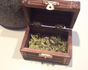 5 Treasure Chest Jewelry Boxes