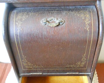 Vintage 70s Wood with Gold Trim Music Jewelry Box