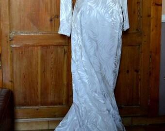 Vintage french wedding dress 60's. Winter wedding dress