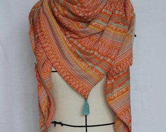 Scarf feminine customizable spring handmade tassels