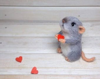 Love the little mouse