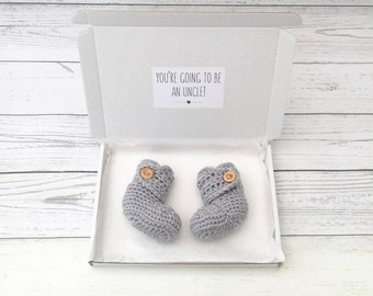 uncle pregnancy announcement, uncle to be, baby announcement booties, gender neutral crochet booties, baby reveal