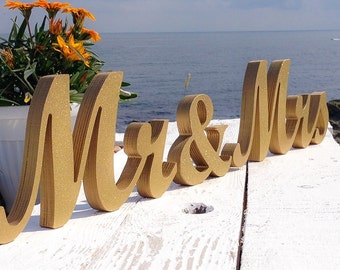 beach wedding mR and mRS Table Signs,  wedding theme GOLD, Wedding Signs Mr and Mrs, Custom wooden wedding table decor signs