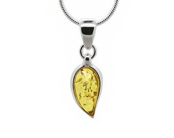 Amber Leaf Necklace - Minimalist Leaf Necklace - Amber Leaf Pendant - Amber Necklace - Silver Leaf Necklace - Baltic Amber Necklace -489P3h