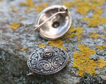 VIKING BROOCH, bronze shield brooch Stora Ryk, Färgelanda, Sweden pin Vikings jewellery reenactment living history