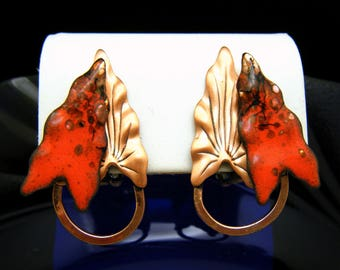 Gorgeous Vintage Renoir Matisse Copper Clip Earrings Red Enamel Ivy Leaf