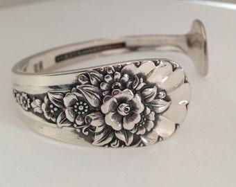 Petite Spoon Bracelet Jubilee. Cuff Bracelet. Spoon Jewelry. Silverware Jewelry. Silver Bracelet. Vintage Bracelet. Vintage Jewelry.