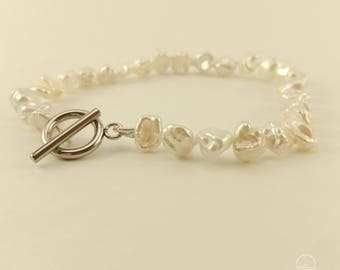 Bracelet 8 inches - freshwater pearls knotted on silk thread double - toggle silver hypoallergenic stainless steel