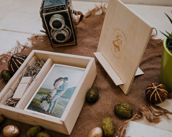 4x6 Wood print box with photo stand. Enough space for prints and usb drive - lid converts into a photo stand - square