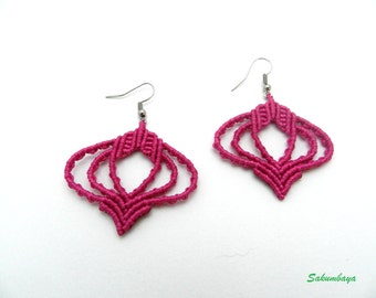 Earrings fuchsia pink macramé