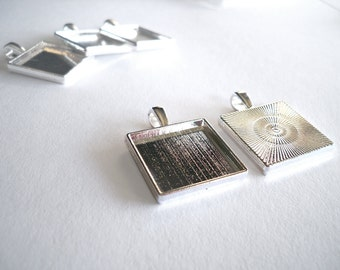 SALE 100 - 20mm Silver Tone Blank Bezel Pendant Trays