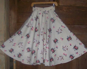 Vintage 50s  Swing Skirt With FLOWERS