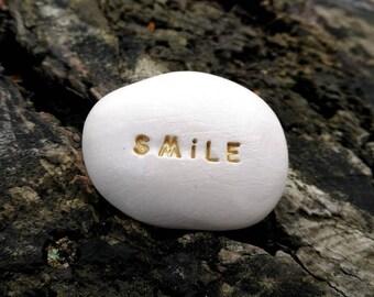 SMILE - Ceramic Message Pebble
