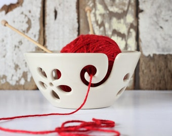 White flower Yarn Bowl, Yarn Bowl, Knitting Bowl, Crochet Bowl, White Yarn Bowl, Made to Order