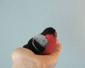 Needle Felted Bullfinch, Needle Felted Robin, Felt Bird, Handmade bird, Home Decor, Christmas Stocking Filler - READY TO SHIP