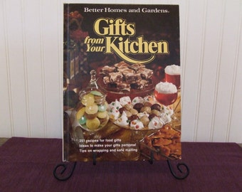 Better Homes and Gardens Gifts From Your Kitchen, Vintage Cookbook, 1977