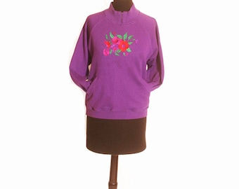 Vintage 1980s Eggplant Purple Flower Quilted Pocket Turtleneck Sweater size S