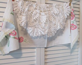Vintage Embroidered Dresser Scarf and Crocheted Doily - White Cotton Morning Glory Scarf - Round White Crocheted Doily - Bedroom Linens
