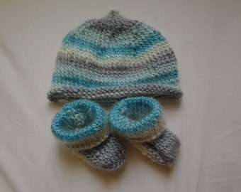 Knit Baby Hat and Booties Set