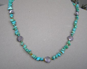 Silver necklace with plated shells, strands of turquoise and glass beads. Mother's day gift. Handmade Quebec.livraison fast.