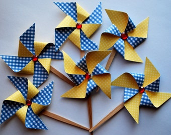 Wizard of Oz - Paper Pinwheel Cupcake Toppers - Set of 6