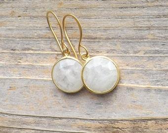 Moonstone gold earrings / Round moonstone gold earrings / Coin shape moonstones / Wedding earrings