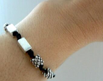Silver black leather bracelet- Boho stacking charm bracelet- women bracelet gift- Leather jewelry- Fashion trendy bracelet-Unisex gift