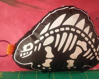 Dino - Key chain - Stegosaurus - plush