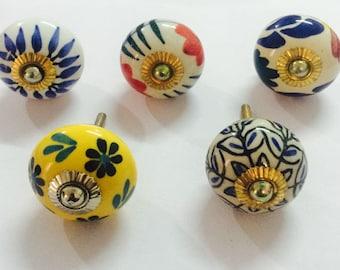 Vintage Ceramic Knobs, Door knobs, Decorative Knobs, Cabinet knobs, Assorted Cabinet Pulls, Drawer Pulls, Top Knobs Lot of 5 pcs