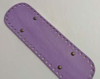 Bottom of bag faux leather purple wisteria.  Drilled special trapilho. REF E / 201
