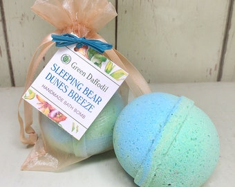 Sleeping Bear Dunes Breeze Bath Bomb Natural Handmade Essential Oils- Green Daffodil