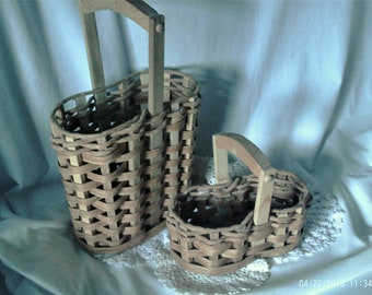 Vintage Tall and Small Kidney Shaped Baskets